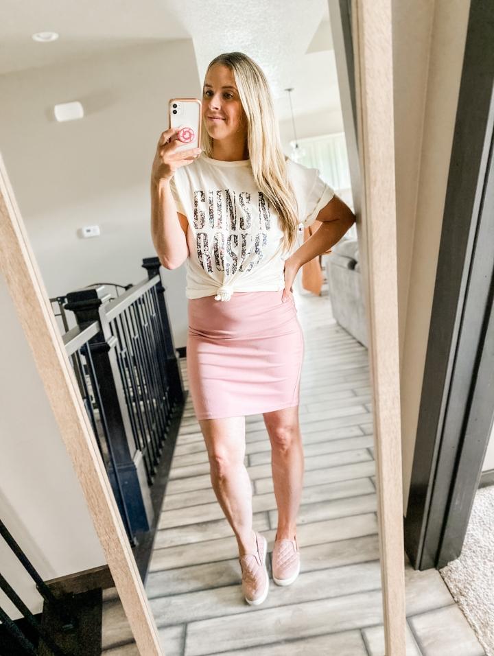 Blonde Style Blog Band Tee Three Ways Fashion Life Style Blog 2